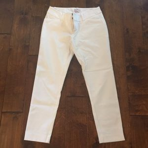 White ankle length cropped dress pant